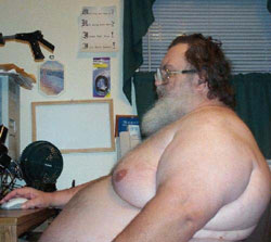 fat-man-at-computer